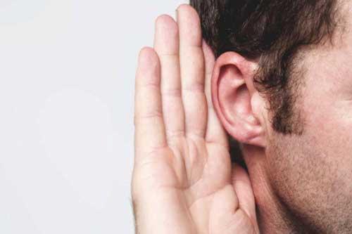 10 بیماری که روی گوشها تاثیر میگذارند