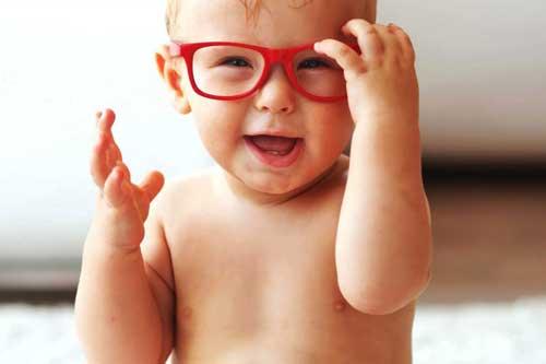 روش خانگی سنجش سلامت بینایی نوزاد