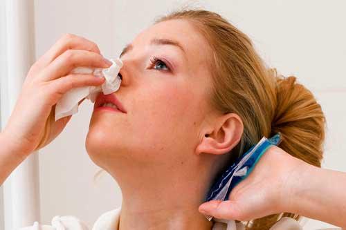 خونریزی بینی نشانه چیست؟