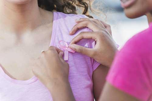 علائمی که خبر از سرطان زنانه می دهد