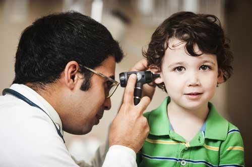 بررسی مشکلات شنوایی در کودکان