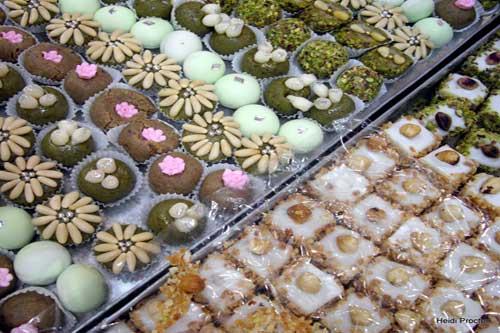 روش نگهداری شیرینی در عید